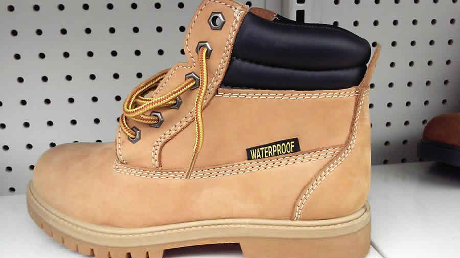 Need new work boots? Look for the EH Rating